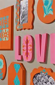 Love Plaque Wall