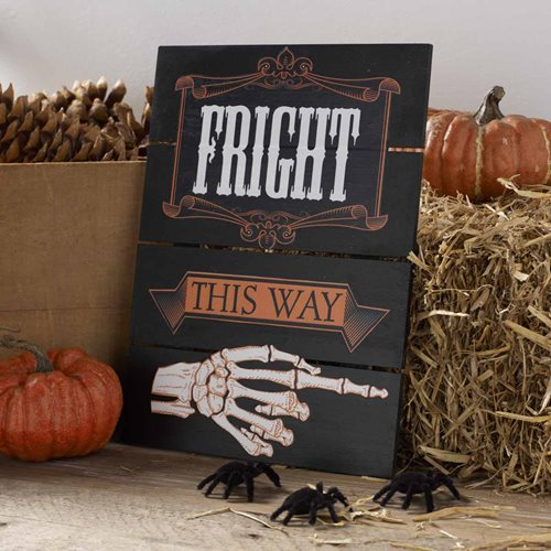 """Fright This Way"" Halloween Sign"