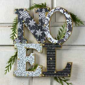 DIY Christmas Wall Art