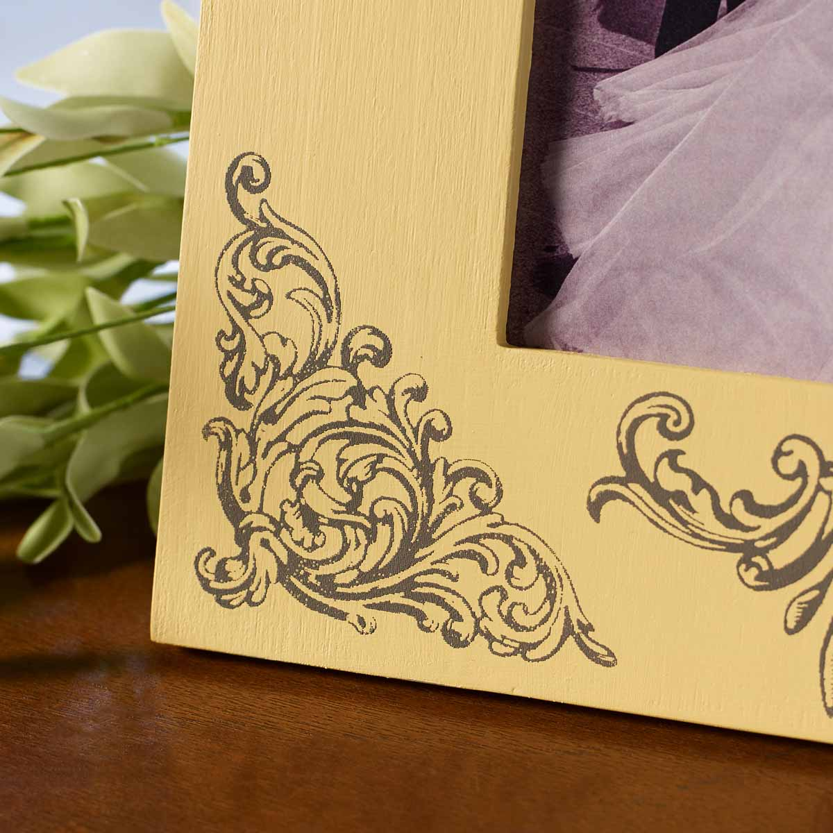 Silkscreen Frame and Box
