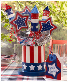 4th of July Top Hat Centerpiece with Invitation