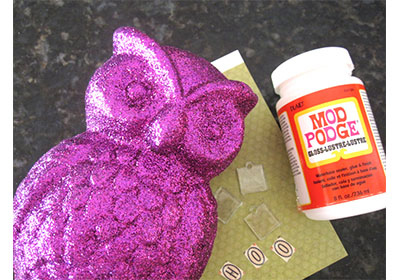 Hoo Goes There Glitter Owl from Mod Podge