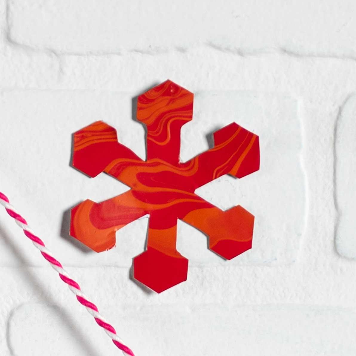 Holiday Home Decor: Fa La La Banner & Snowflake Paint Skins
