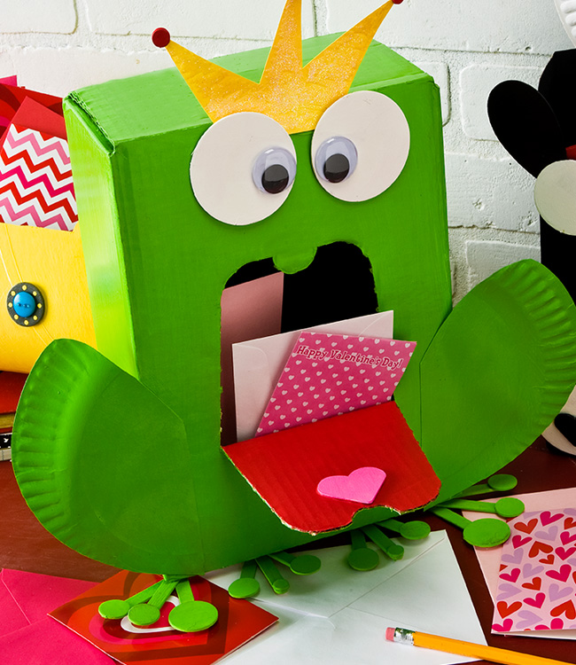 Frog Prince Valentine Card Holder Project – Make a Valentines Card Online