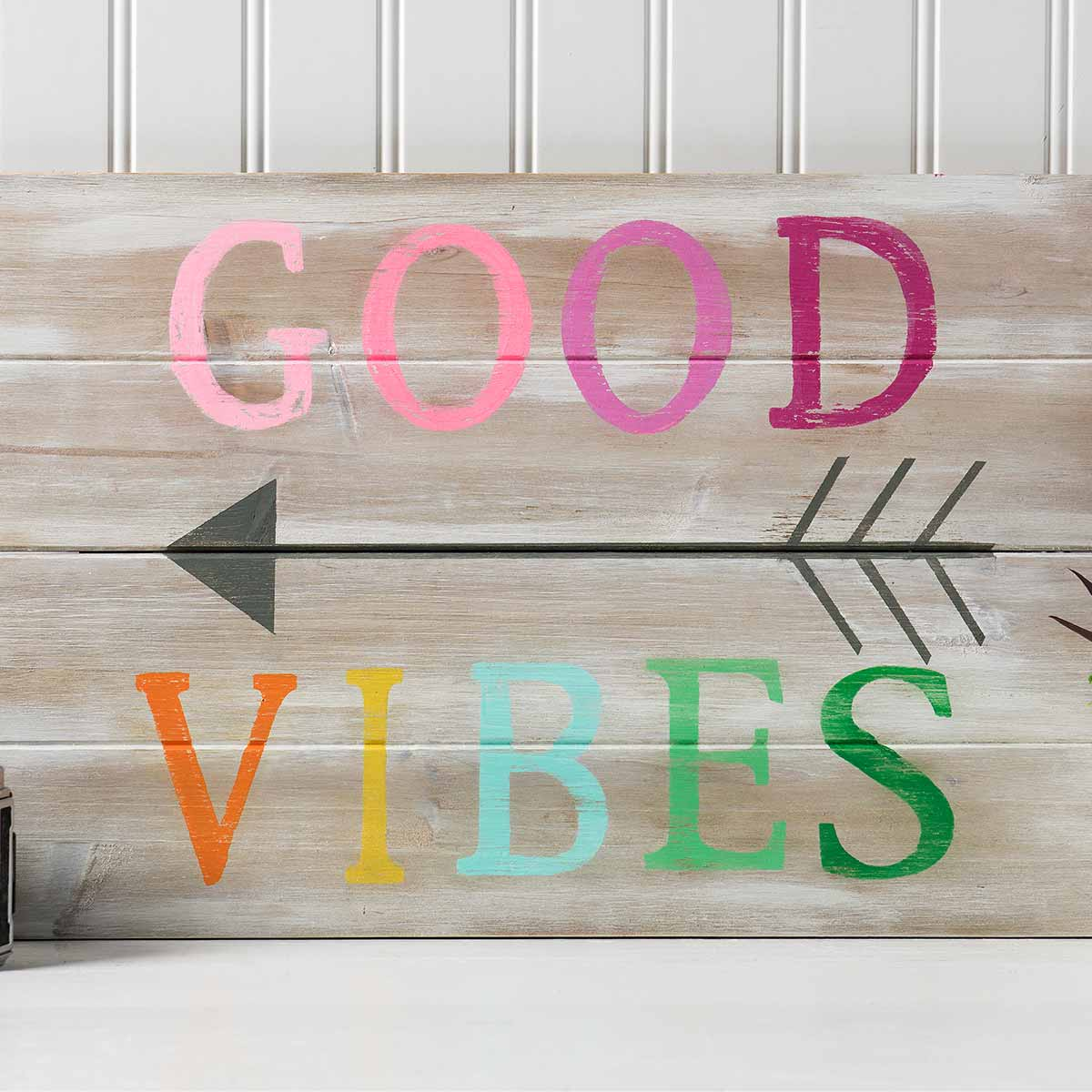 Good Vibes Pallet Sign