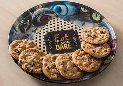 'Eat If You Dare' Serving Plate