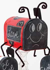 DIY Mailbox Valentine Holders for Kids
