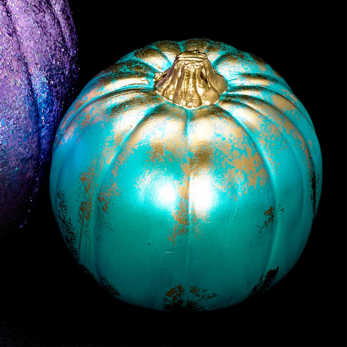 Aqua Flash Color Shift Pumpkin