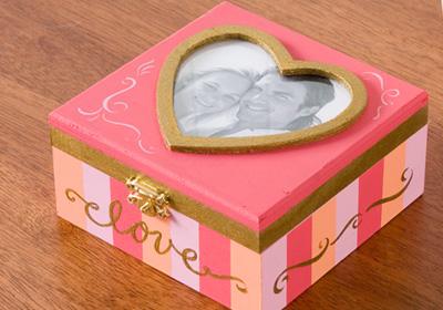 Love Photo Box