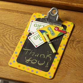 DIY Chalkboard Clipboard Teacher Gift