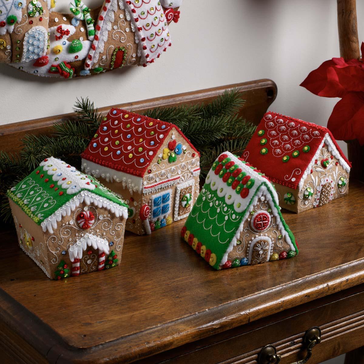 Bucilla ® Seasonal - Felt - Home Decor - Gingerbread 3D Houses - 89383E