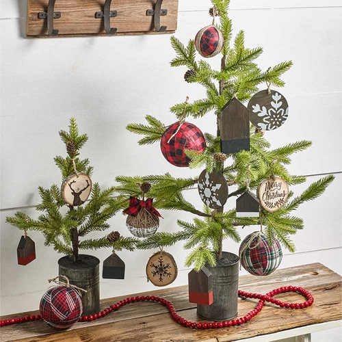 DIY Farmhouse Holiday Ornaments