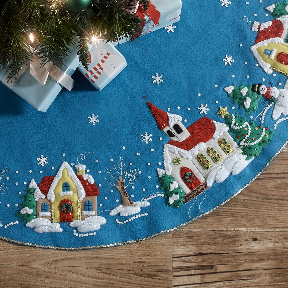 Bucilla ® Seasonal - Felt - Tree Skirt Kits - Christmas Village - 89076E