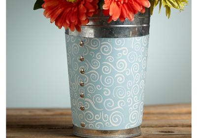 Tin with Swirly Pattern