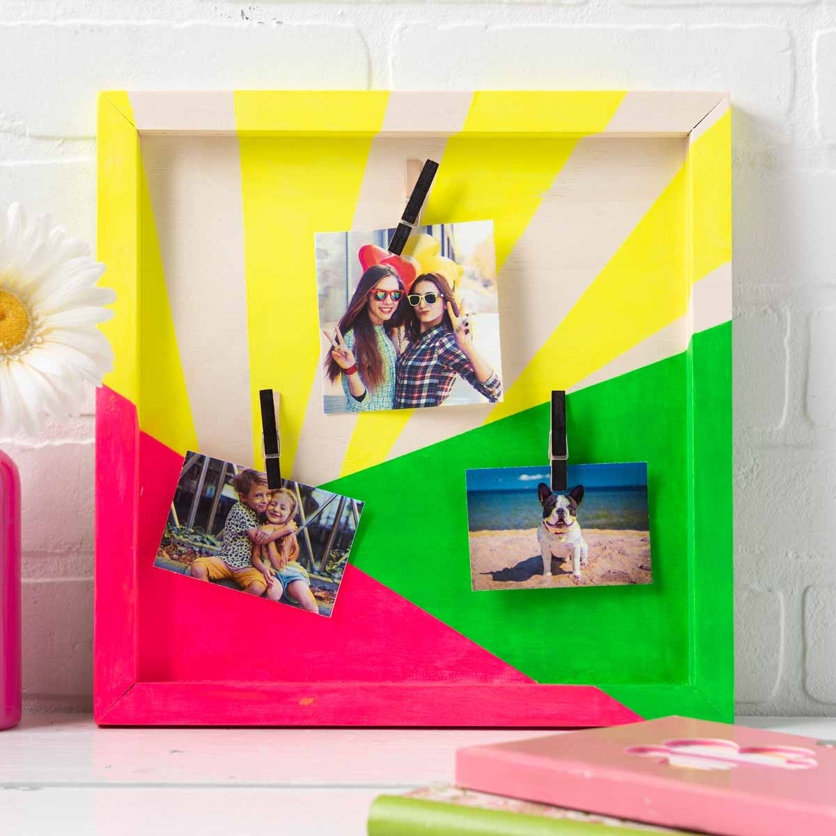 Neon Sunburst Photo Holder