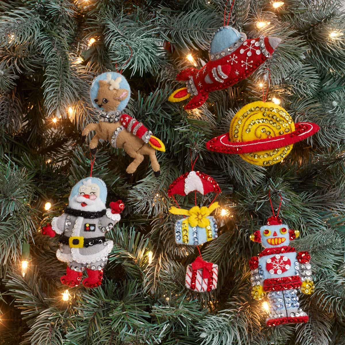 Bucilla ® Seasonal - Felt - Ornament Kits - Rocket Ship Santa - 89275E