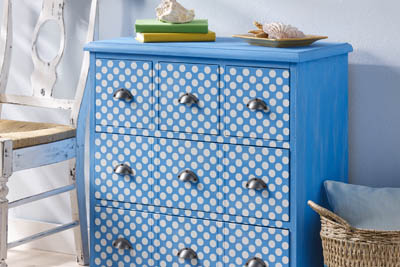DIY Polka Dot Side Table