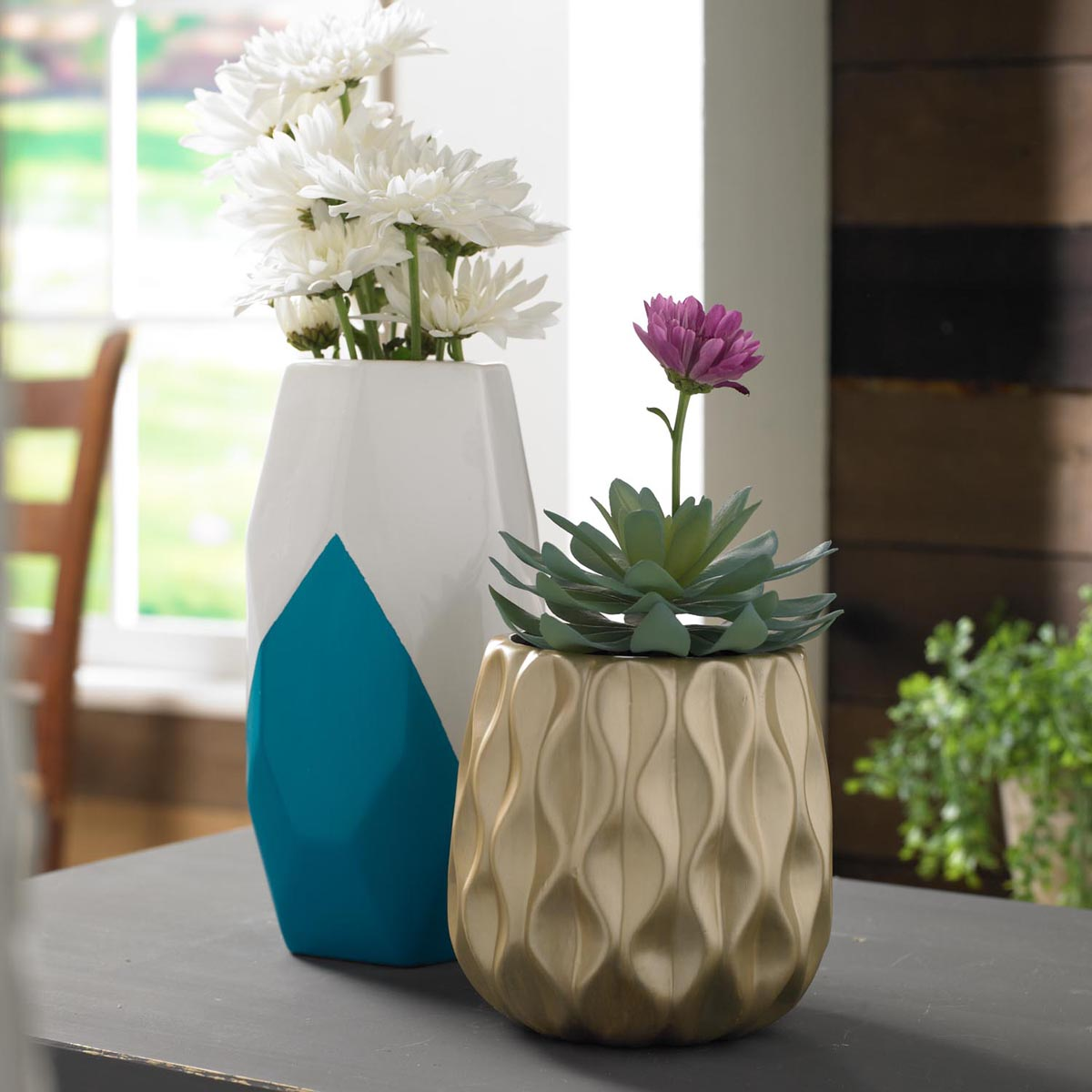 DIY Painted Vase Pairing