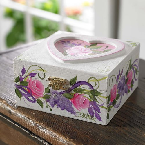Rosebud Heart Box