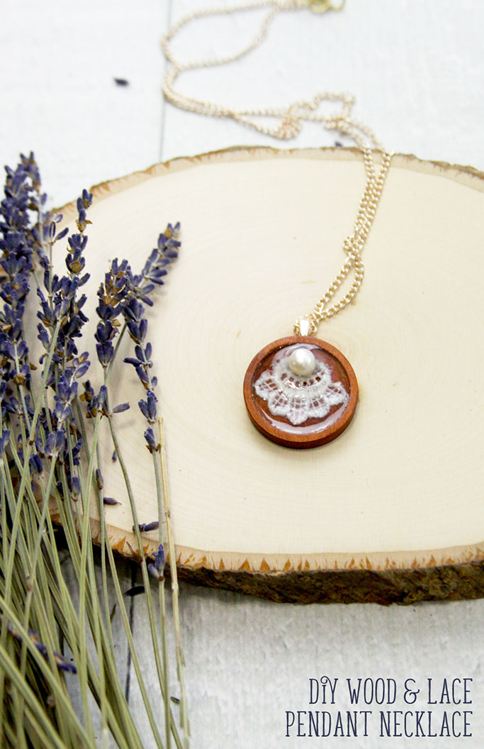 DIY-Wood-and-Lace-Pendant-Necklace.jpg
