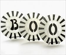 'Boo' Plates