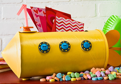 Yellow Submarine Valentine's Day Holder