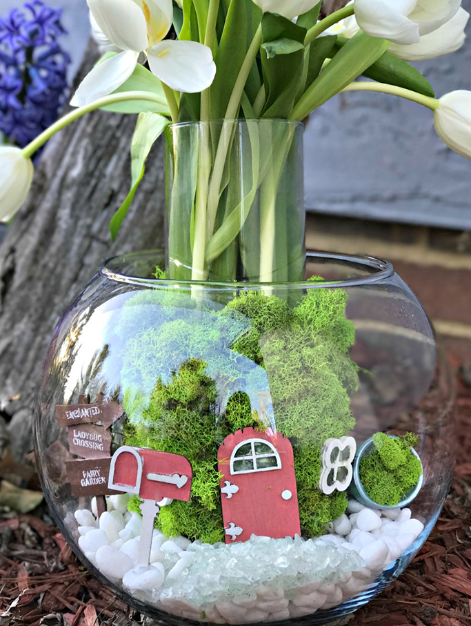 the-cards-we-drew-fairy-garden-spring-vase.png
