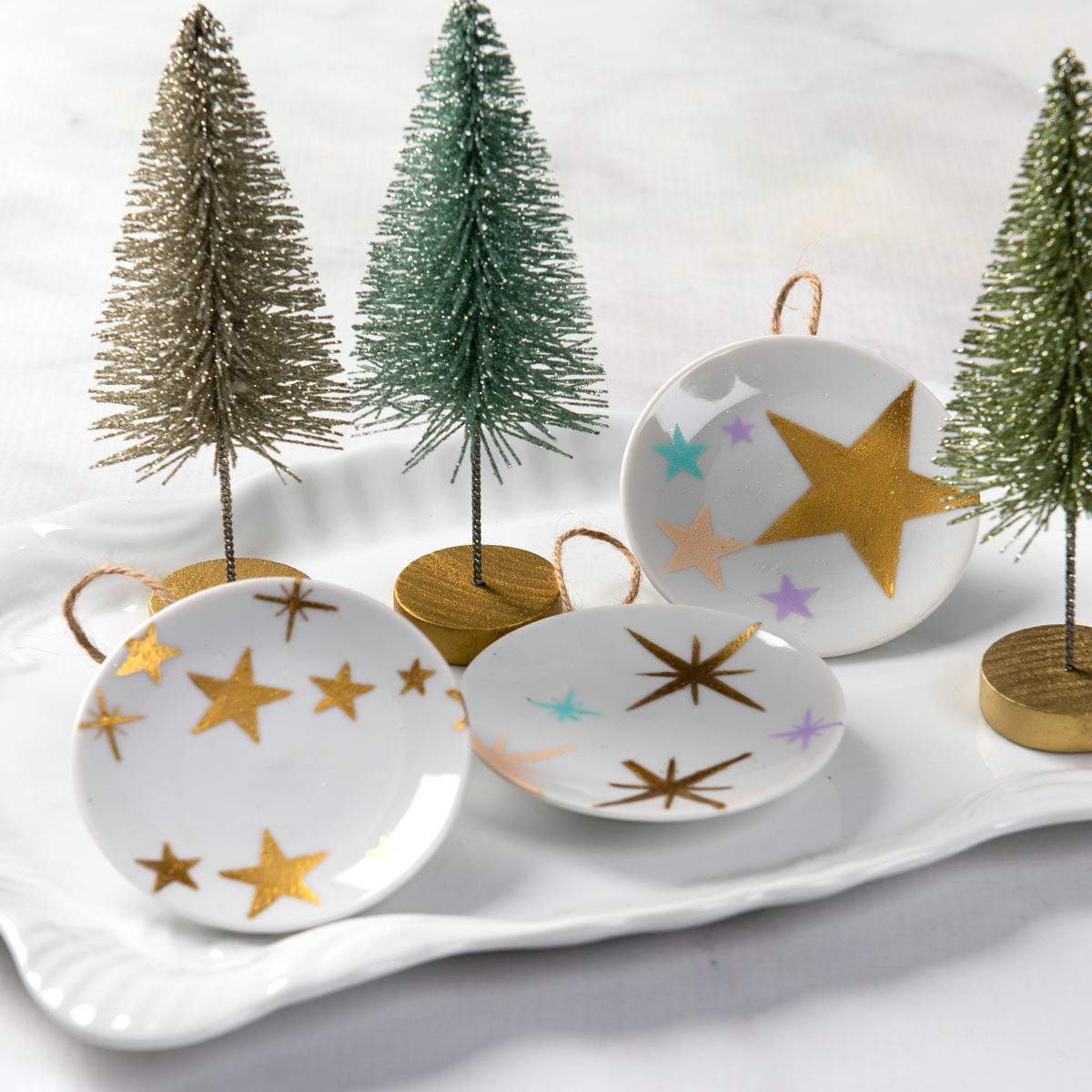 Painted Mini Ceramic Plate Ornaments