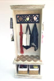Distressed Entryway Organizer
