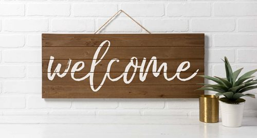"Stenciled ""Welcome"" Sign DIY"