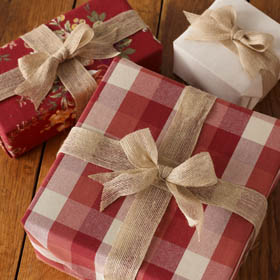 Holiday Decor and Gifts from Waverly Inspirations
