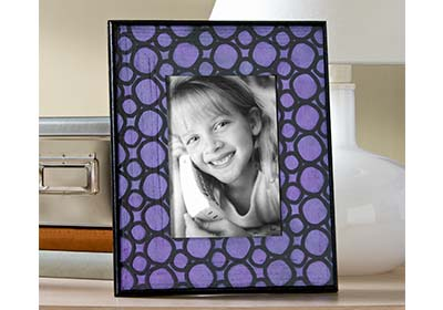 Radiant Orchid Pebble Frame