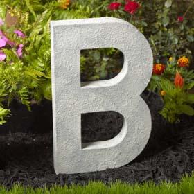 DIY Monogram Idea - Concrete Finished Letter