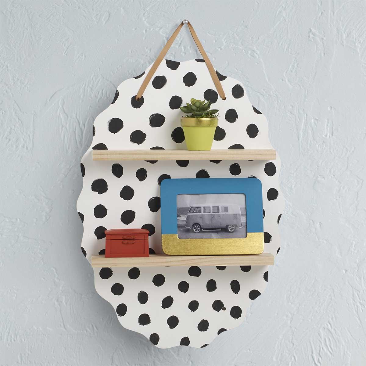 Polka-Dot Shelf Plaque