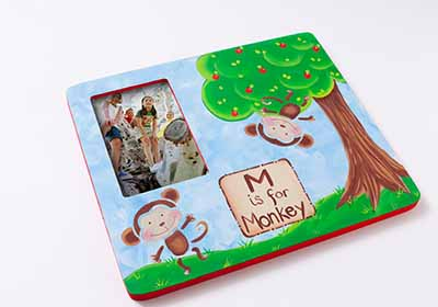 DIY Painted Frame with Monkey