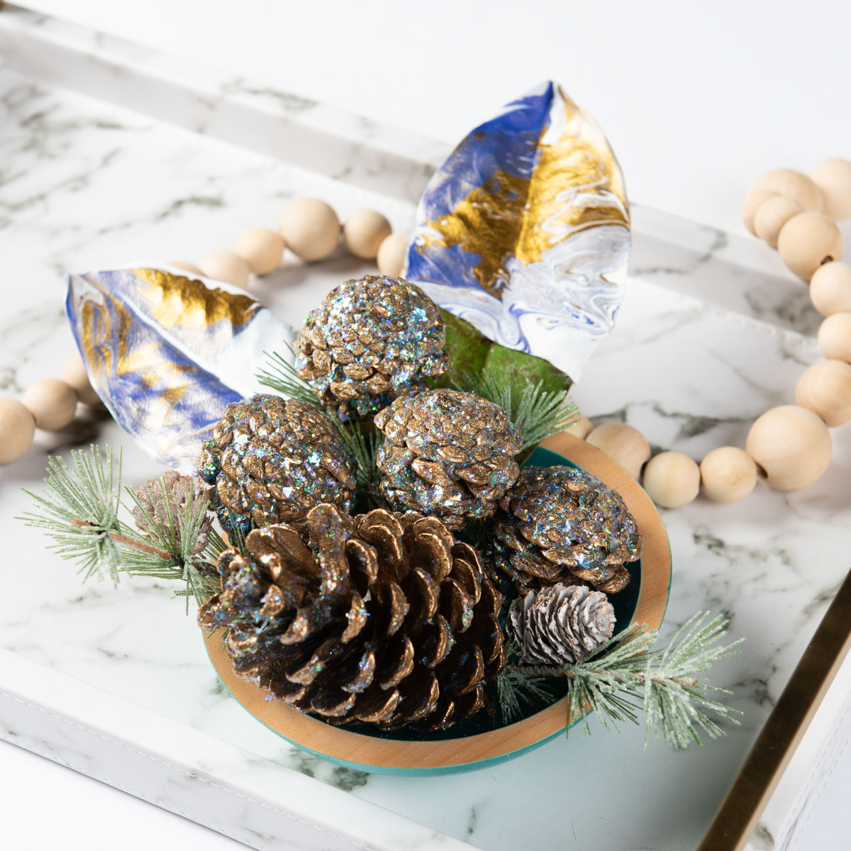 Sparkling Pinecone Decor DIY
