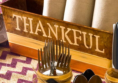 Thanksgiving Tablescape Napkins and Thankful Tin