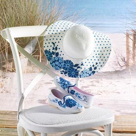 Decorative Stenciled Hat and Shoes