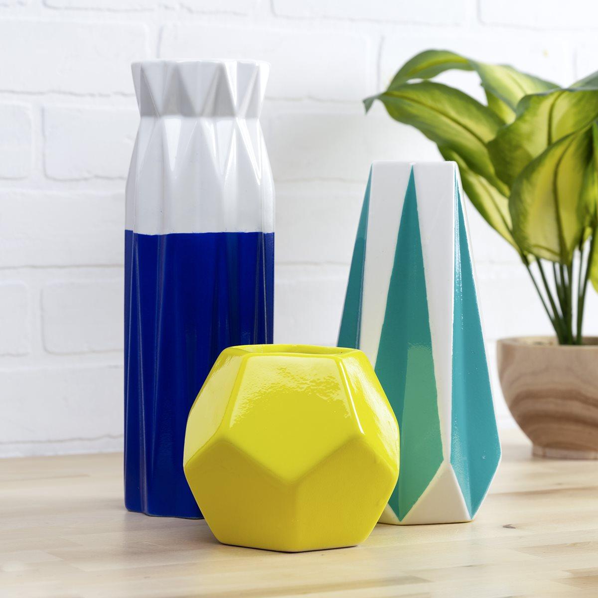 FolkArt Glossy Vases