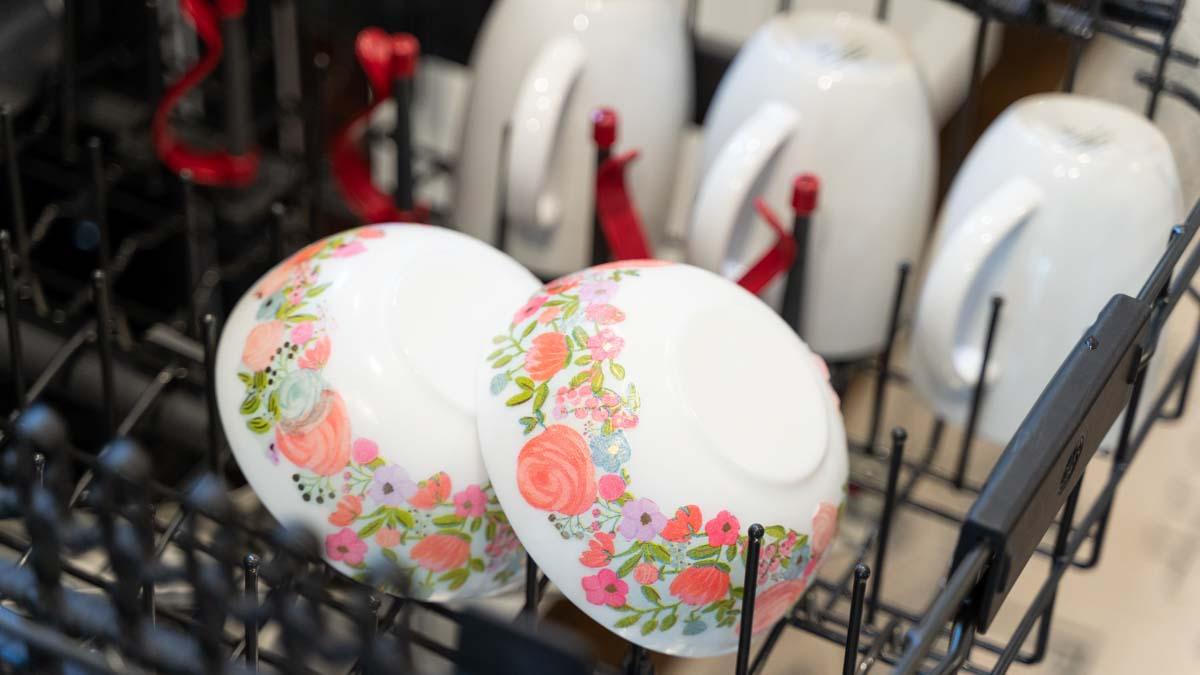 Mod Podge ® Dishwasher Safe Gloss, 32 oz. - CS44789