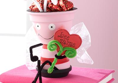 Valentine's Day Love Bee