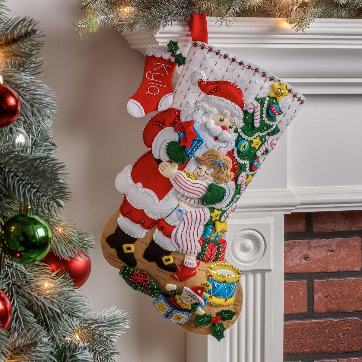 Bucilla ® Seasonal - Felt - Stocking Kits - Christmas Hugs - 89253E