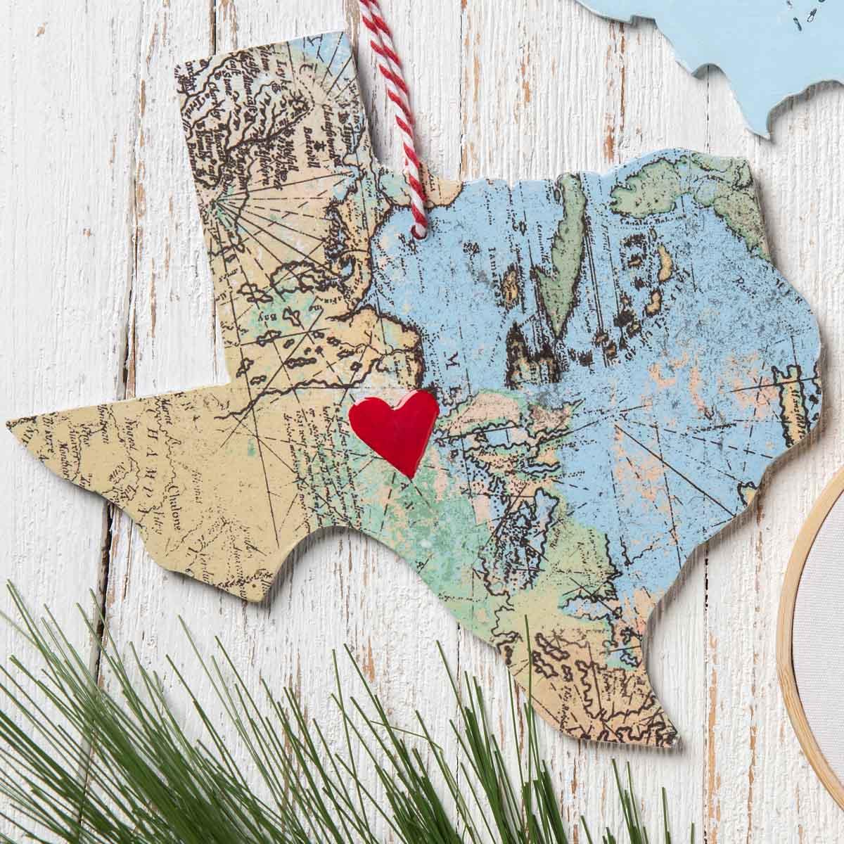 DIY State Pride Ornament Ideas