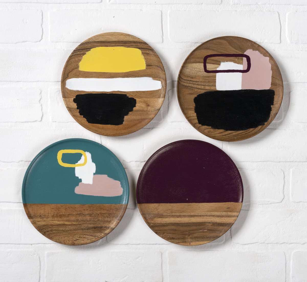 FolkArt One Gloss Wood Plates