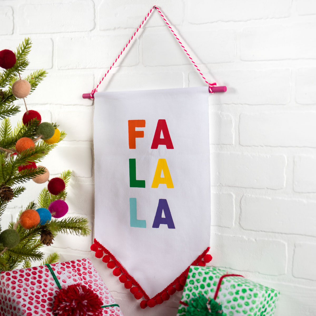 Holiday Home Decor: Fa La La Banner & Snowflake Paint Skins