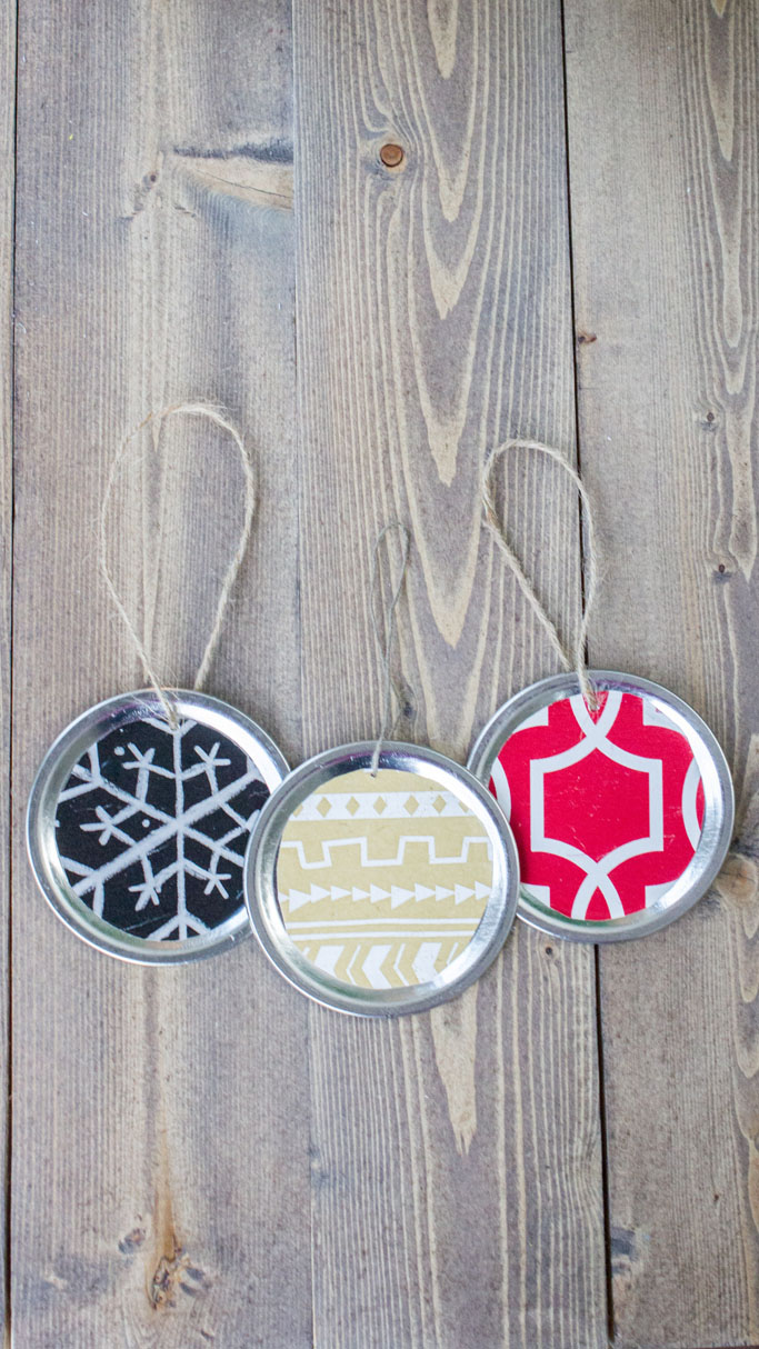 ErinSpain-mason-jar-lid-ornaments-vertical.jpg