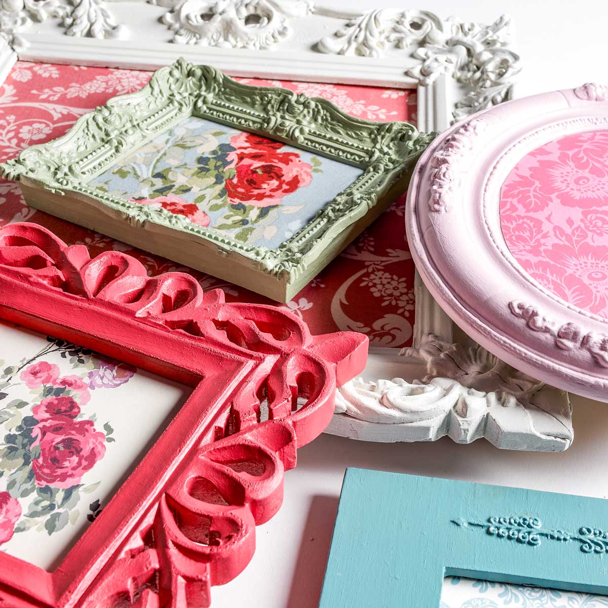 Anna Griffin ® Perfect Palette Multi-Surface Paint Kit