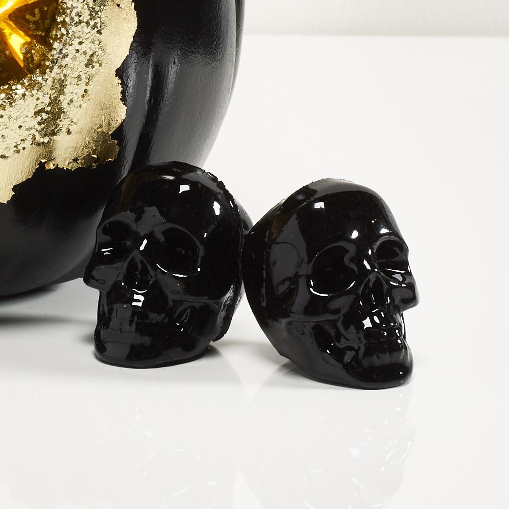 Mod Podge Resin Mini Skulls