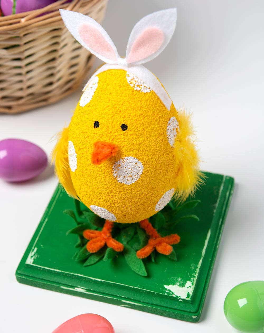 FA_Easter_bty_Chick_030819.jpg