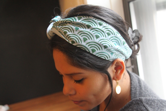 DIY Scallop Headscarf